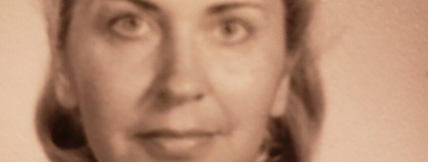 Vintage sepia photo of woman